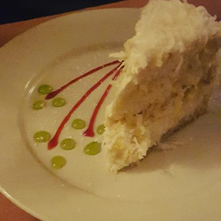 Florentino's: Yummy coconut cake