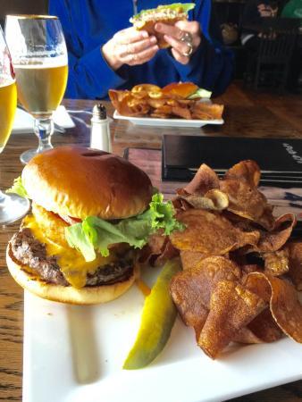 Pub 47 Grill