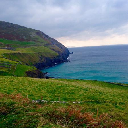 Dingle Shuttle Bus Tours and Taxi