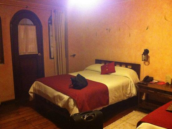 Hotel Sierra Madre: Habitaciones