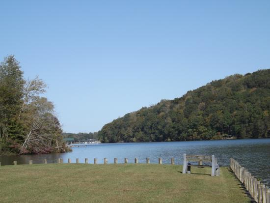 Spring City, TN : Lake