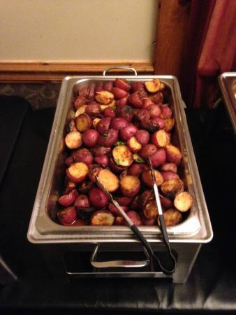 Elma, นิวยอร์ก: The roasted potatoes rocked