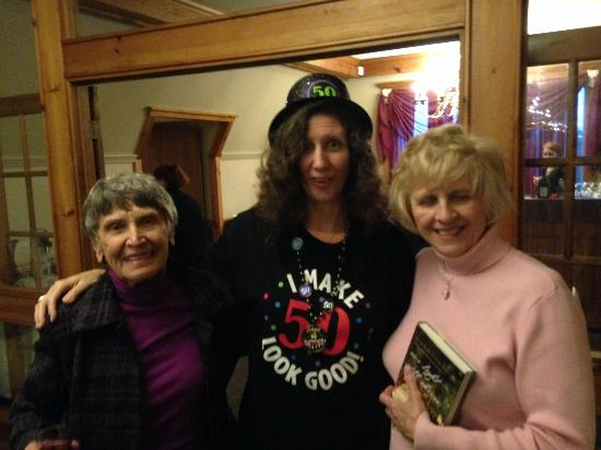Elma, นิวยอร์ก: Judy and the Moms