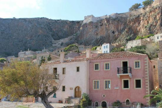 Eleas Castle