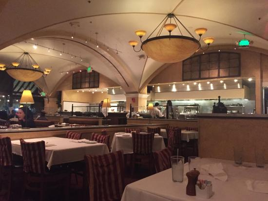 BRIO Tuscan Grille: View of Kitchen