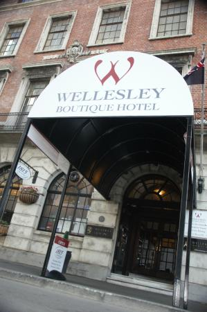 Wellesley Boutique Hotel