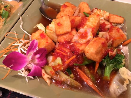 Lanna Thai: Tofu Volcano