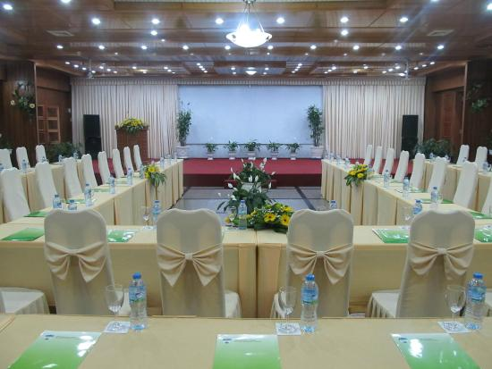 Hoang Anh - Dat Xanh Da Lat Resort: business center