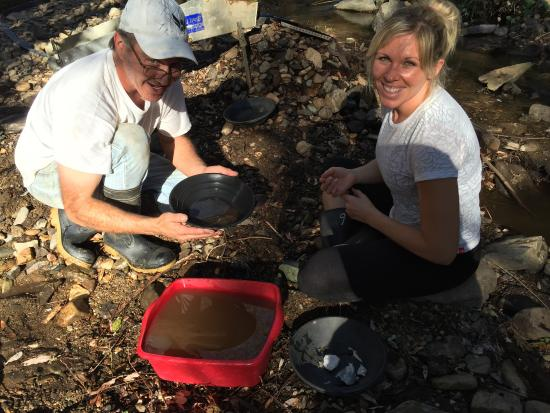 California Gold Panning: Miner Gary working hard to give us a fun experience mining gold, & checking out an abandoned gol