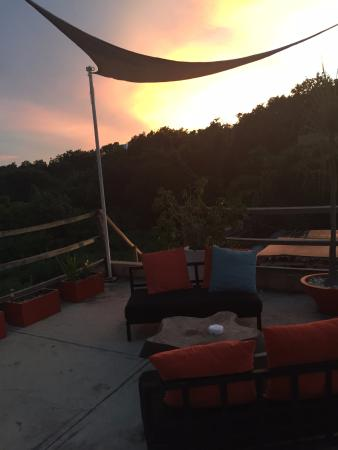 Teetotum Hotel: Rooftop with magnificent views for sipping cocktails and watch the sunset