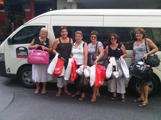 Outlet Shopping Tours: Kiwi Shoppers