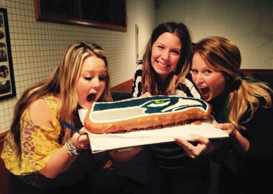 Lynden Dutch Bakery: Seahawks Maple Bar Cake