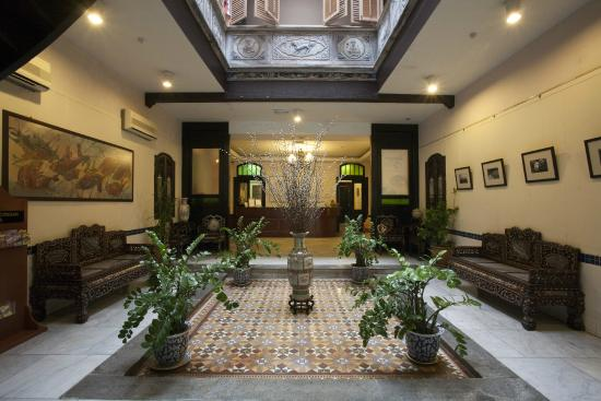 Hotel Puri: Hotel Lobby
