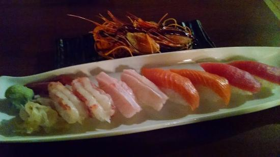 Fuji Sushi: A delightful and very fresh sushi tray