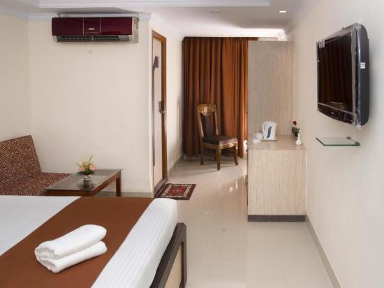 Hotel Thames International