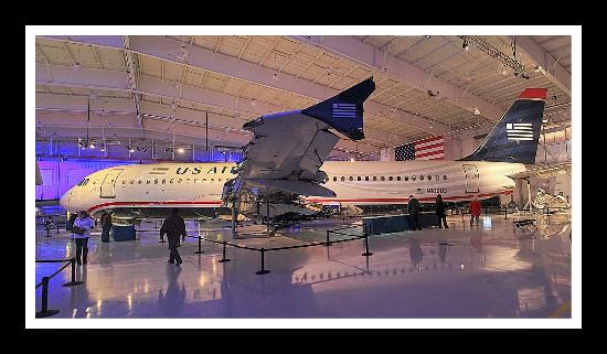 US Airways Flight 1549 - Airbus A320-214 - Picture of