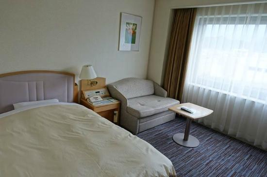 Rihga Royal Hotel Niihama: room