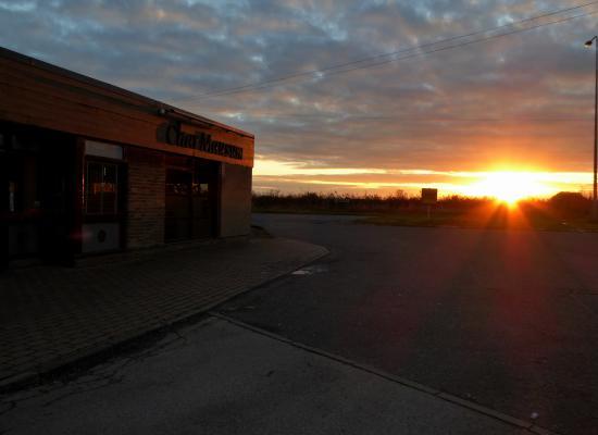 Char Mausum Sunset