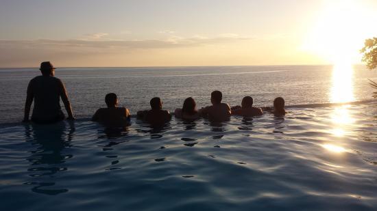 Kuting Reef: last night silhouette