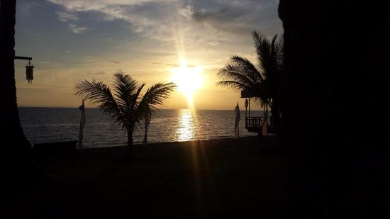 Kuting Reef: Awesome Sunset
