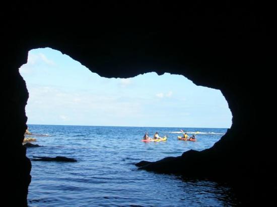 Fun & Quads Adventure: cova talla. precioso en kayaks