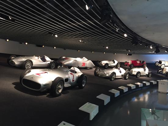 Museo Mercedes Benz.Museo Mercedes Benz Picture Of Mercedes Benz Museum Stuttgart