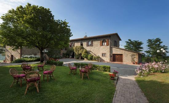 Villa Ostignano: esterno