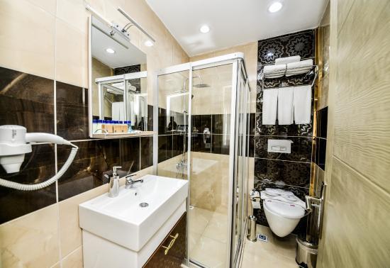 Ottomarin Hotel: Bath Room