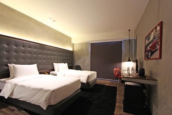 B Hotel Quezon City Superior Twin