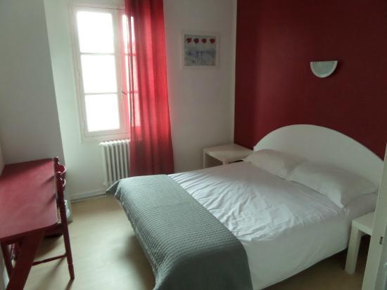 Hotel les thermes jonzac france voir les tarifs 28 for Hotels jonzac
