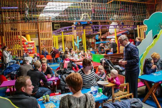 Het Land van Jan Klaassen: binnenspeeltuin jan klaassen