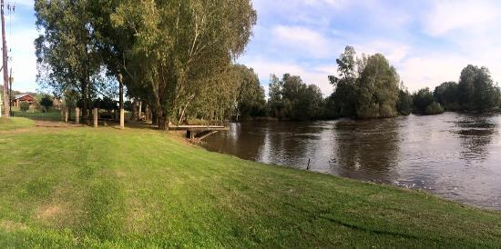 Kam'Bati River Resort