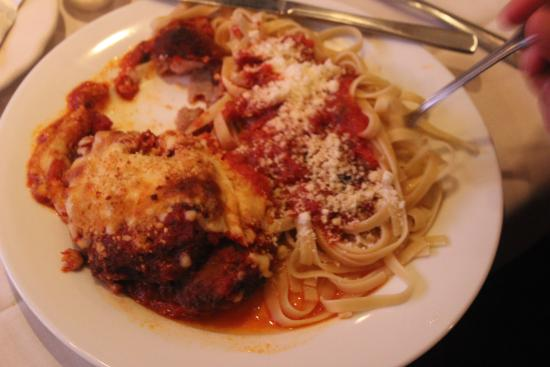 Speculator, นิวยอร์ก: chicken parmesan