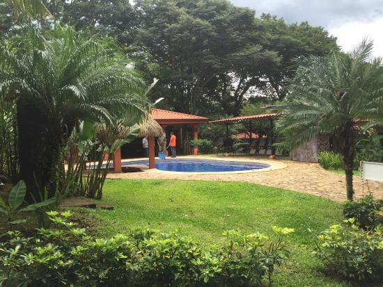 Hotel Villas Escondidas : beautiful main pool area