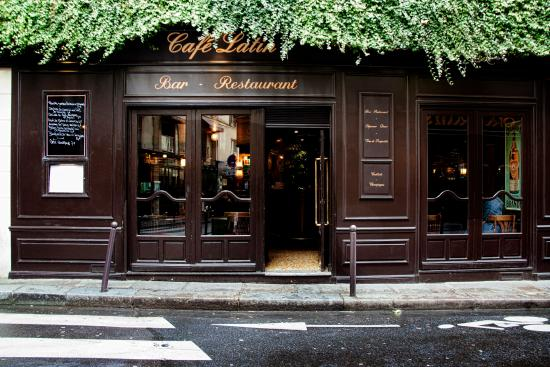 Bar restaurant picture of cafe latin paris tripadvisor for Bar exterieur paris