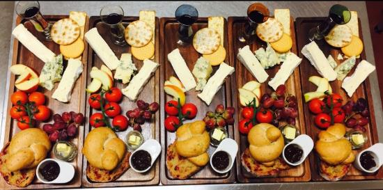 Lle Hari: Anyone order cheeseboards