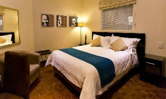 Glendower View Guest House: Spacious and comfortable beds in all rooms