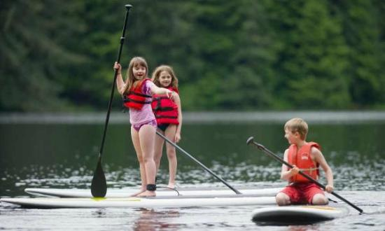 Forestville, Kalifornia: SUP is a great activity for kids