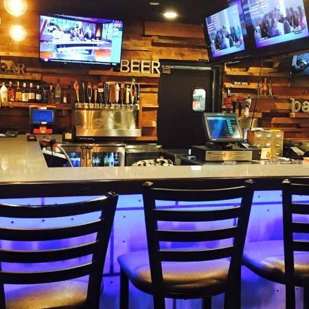 Portland, MI: back bar
