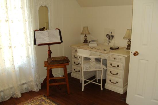 Gite Forestier de la Riviere Saguay: Chambre Champ Fleuri