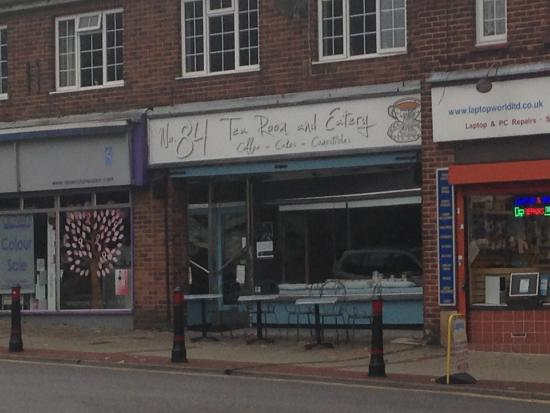No. 84 Tearoom & Eatery: No 84 cafe at Echo Square, Gravesend