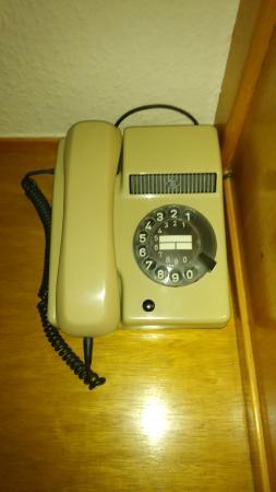 Hotel Restaurant A L'Etoile : téléphone vintage :-)