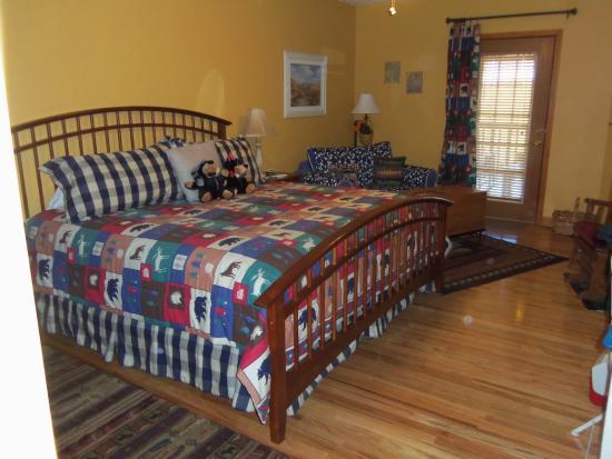 Berry Springs Lodge: Bedroom