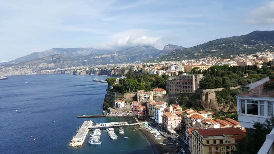 Grand Hotel Vesuvio : View of Sorrento from our balcony