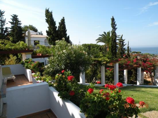 Villas Rufino : Side view from terrace