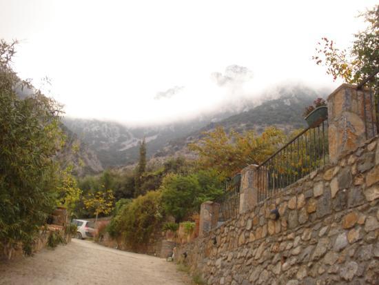 Avdou, Yunani: βουνο