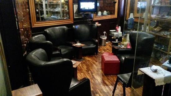 Havana Humidor Room