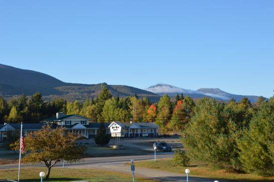 Twin Mountain, NH : View from balcony