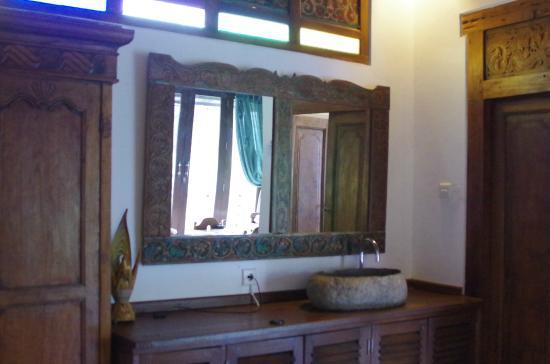 Coco Balibali: 広々大きな洗面台は便利でした