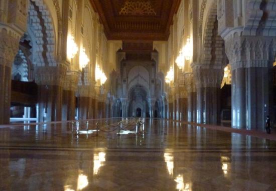 Minarett der hassan ii moschee for Mosquee hassan 2 interieur